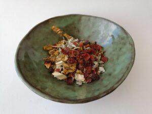forest fragrances - blog - 9 recepten voor een natuurlijke kruidenspoeling voor je haar
