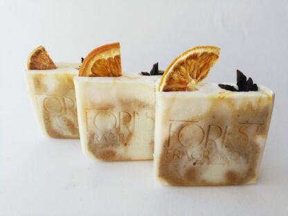 forest fragrances - zeep - kruidenzeep - sinaasappel ster anijs rozenhout