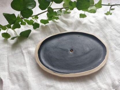 forest fragrances - accessoires - zeepschaaltje - keramiek - mat zwart - creme rand
