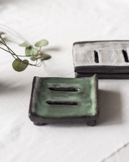 forest fragrances - accessoires - zeepschaaltje - keramiek - rechthoek - groen en grijs - twee