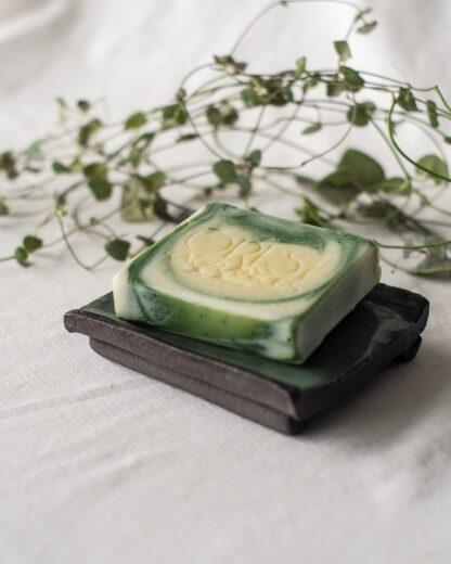 forest fragrances - accessoires - zeepschaaltje - keramiek - rechthoek - groen - glanzend - met zeep