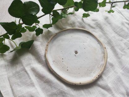 forest fragrances - accessoires - zeepschaaltje - keramiek - rond - gespikkeld - mat wit