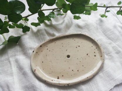 forest fragrances - accessoires - zeepschaaltjes - keramiek - creme - gespikkeld - glanzend - bruin